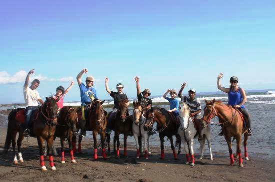 Beach-horse-ride-bali