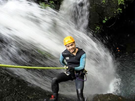 Canyoning-bali-adventure