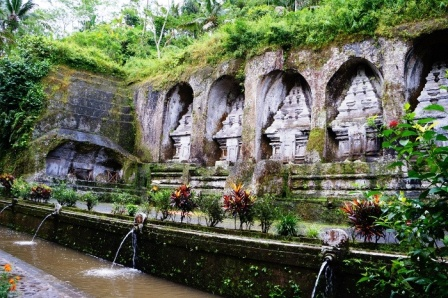 Gunung-kawi-temple-tampaksiring