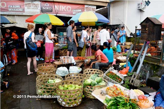 Local-market-ubud-cooking