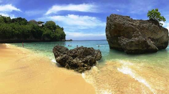 Padang-padang-beach