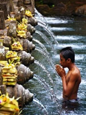 tampaksiring-tirta-empul-temple