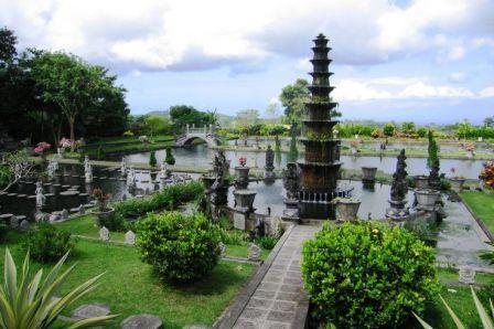 Tirta-gangga-water-garden-east-bali