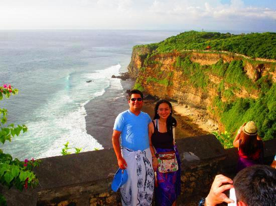 Uluwatu-temple-south-bali